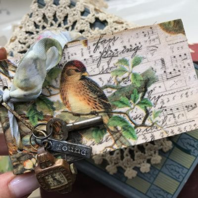 We Thank Thee…A Mini Junk Journal